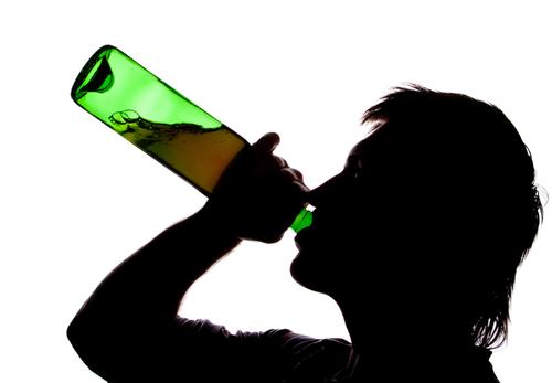 Die scharfe Alkoholpsychose die dringende Hilfe